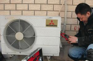 深圳三菱空调维修中心实行上门维修,当场检测,当场核价,当场修复