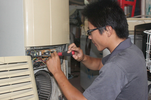 三菱空调压缩机堵转(轻微卡缸)故障的排除.jpg